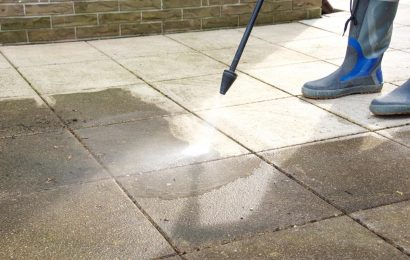 Here's Why You Should Hire Professional Pressure Washer Services Instead of Renting One