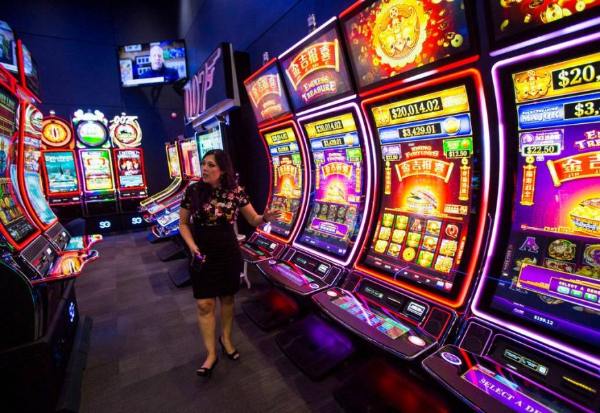 Tips And Strategy Guide To Play Slot Online Like A Professional One